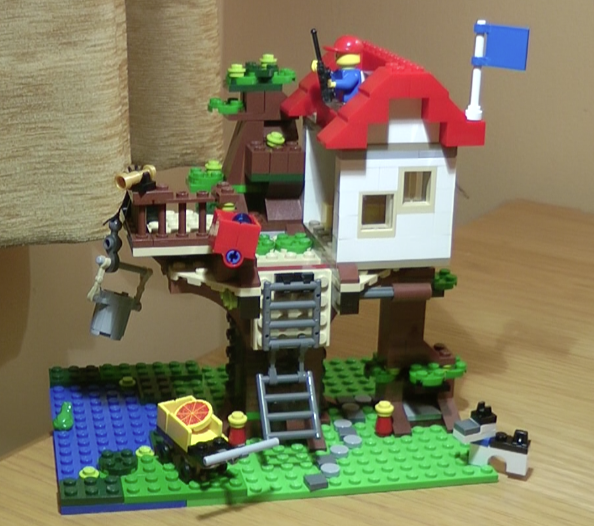 Lego Tree House 31010